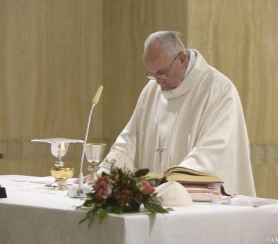 Papa-homilia-santa-marta